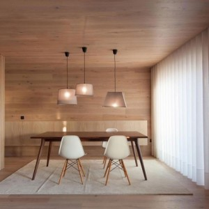 Seafront-Oak-Wood-Themed-Apartment-by-Pitagoras-Group-08-768x422